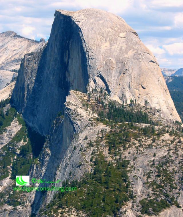 Half-Dome-Yosemite-Valley