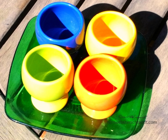 Colorful-Eggcups