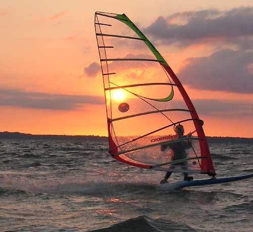 inspiration for windsurf painting, from pinterest