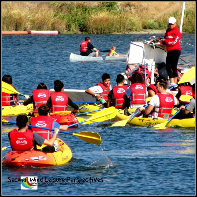 College students kayaking for first time