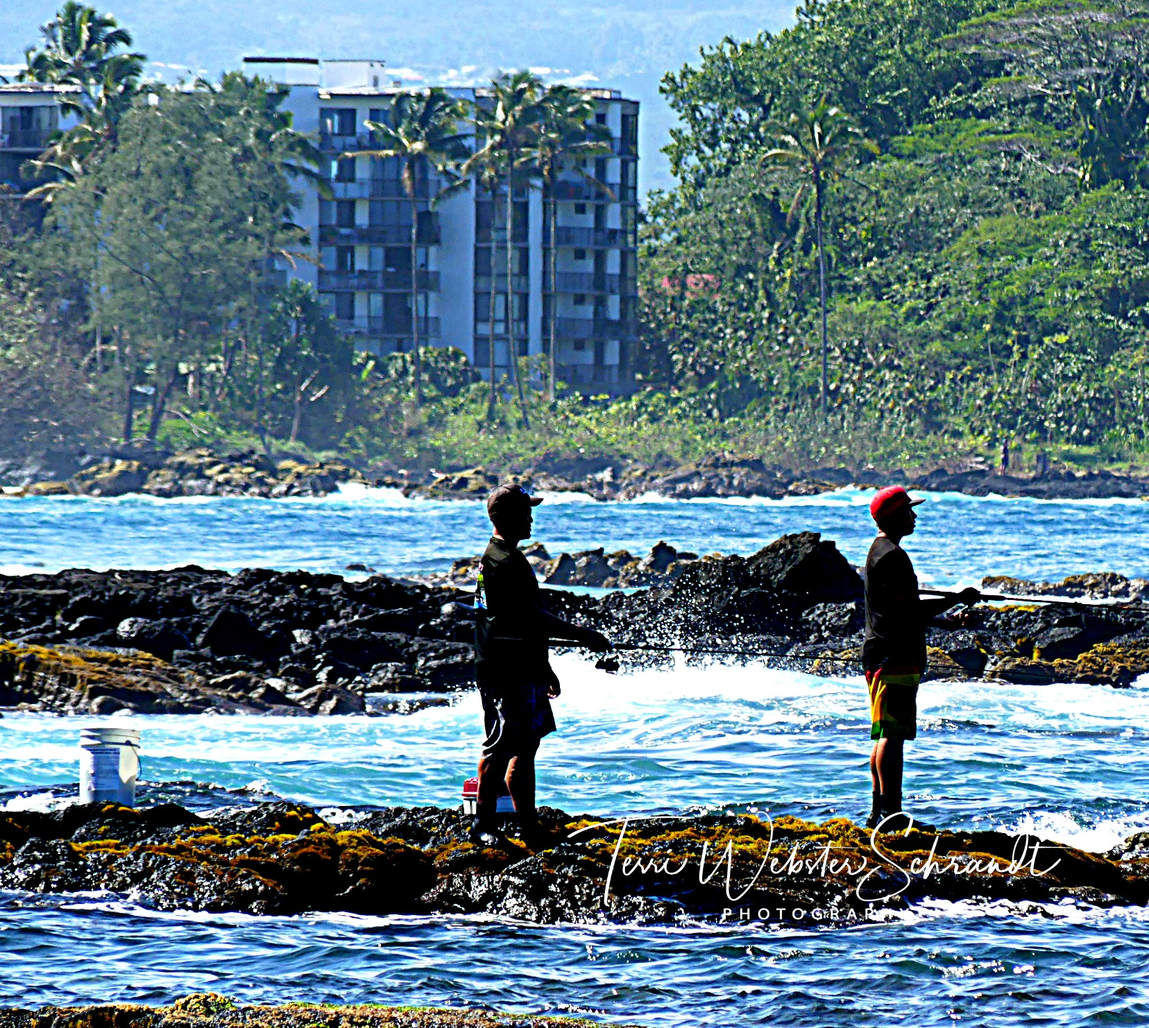 recreational fishing on Hilo Bay