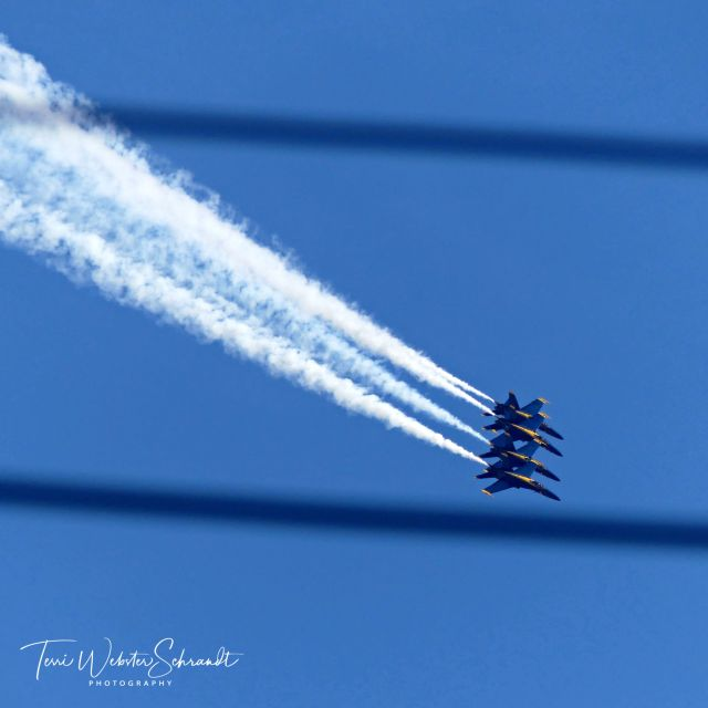 Blue Angels beween the lines