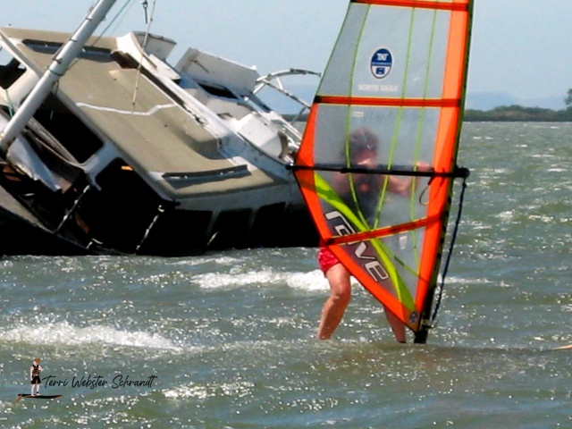 Straightened windsurf image